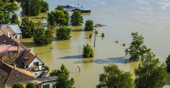 zminay klimatyczne, susza, powódź