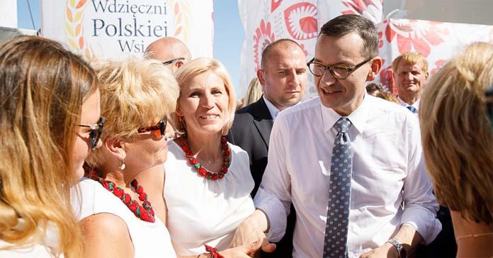 premier mateusz morawiecki, wdzięczni polskiej wsi, polska wieś, rolnictwo, pomoc suszowa