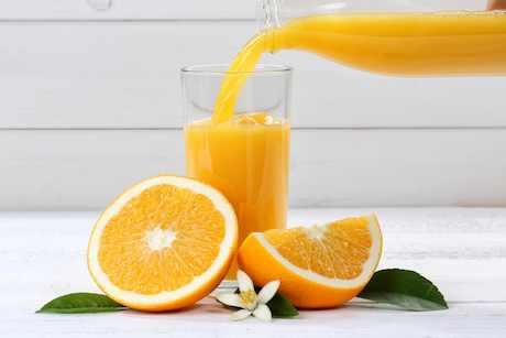 El consumo diario de zumo de naranja, clave para mantener las funciones cognitivas subjetivas