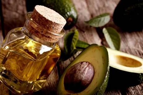 Aceites esenciales fabricados con aguacates y mangos podridos en República Dominicana