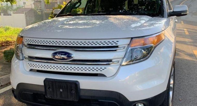 Se vende Ford Explorer 2014