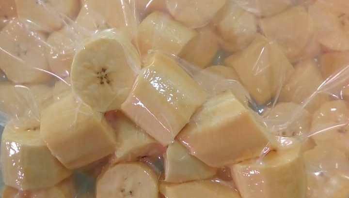 Plátanos pelados