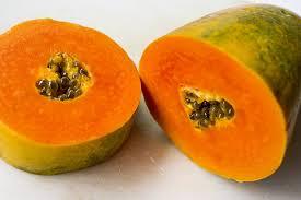 Se estudian las papayas como posible tratamiento del dengue