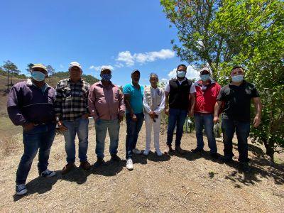 El gobierno empieza el esperado apoyo a la comunidad de Los Corralitos