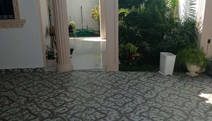 Prado Oriental, Venta Casa de 3 Habs, 4 Parqueos, Carretera San Isidro