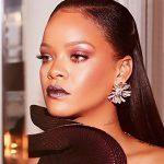 Rihanna lança novo iluminador