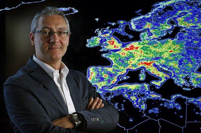 Fabio Falchi, coordinador do Atlas Mundial do Brillo do Ceo. Foto: Riccardo Furgoni