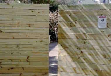 Automatic Wood Gate