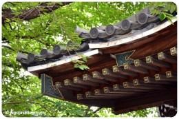 Zenpukuji Temple - roof detail 1