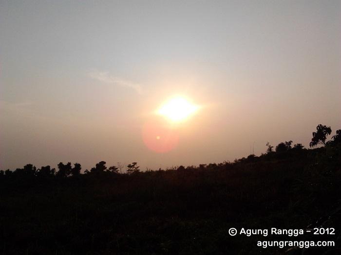 Memotret Matahari Terbit