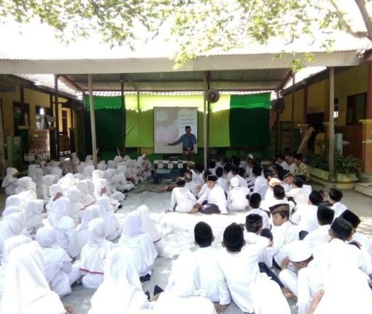 Semangat Anti Padam Untuk Siswa SDN Catakgayam 1 Mojowarno di Perayaan Idul Adha Tahun 2017