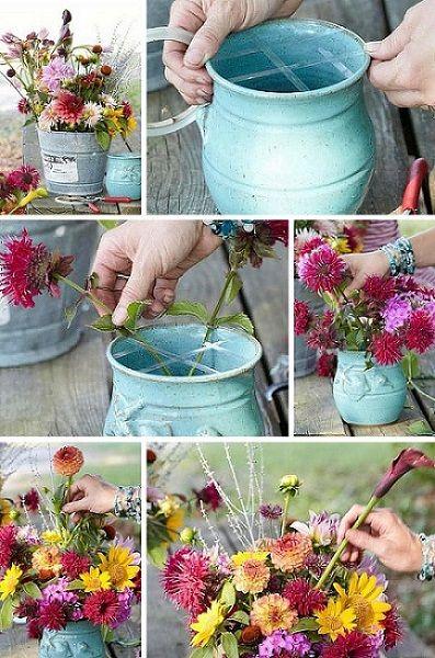 colocar flores en un jarron