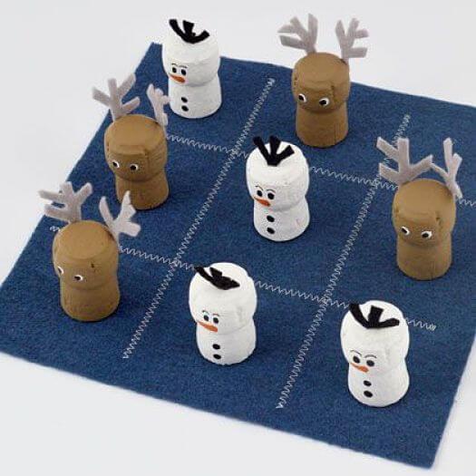 tres en raya DIY con tapones de corcho