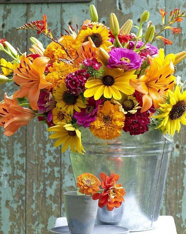 flores y estilo rústico