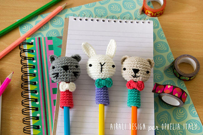 decorar lápices con crochet