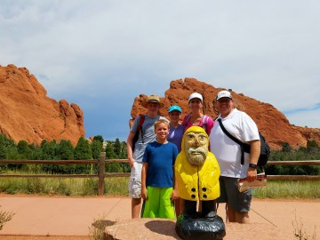 Captain Ahab of Ahab's Adventures making new friends at the Garden of the Gods in Colorado Springs 2016