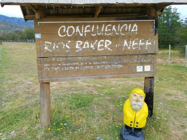 Captain Ahab of Ahab's Adventures at the confluence of the Baker and Nef Rivers in Chile 2017