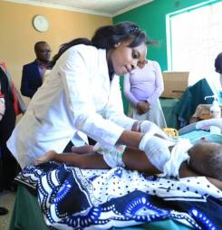 Global Fund Chief of Staff visits Amref Project in Nairobi