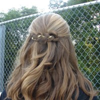 Football Game Hair | Show Your School Pride!