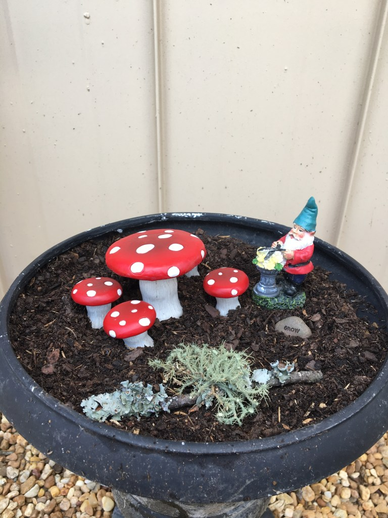 gnome garden ornaments