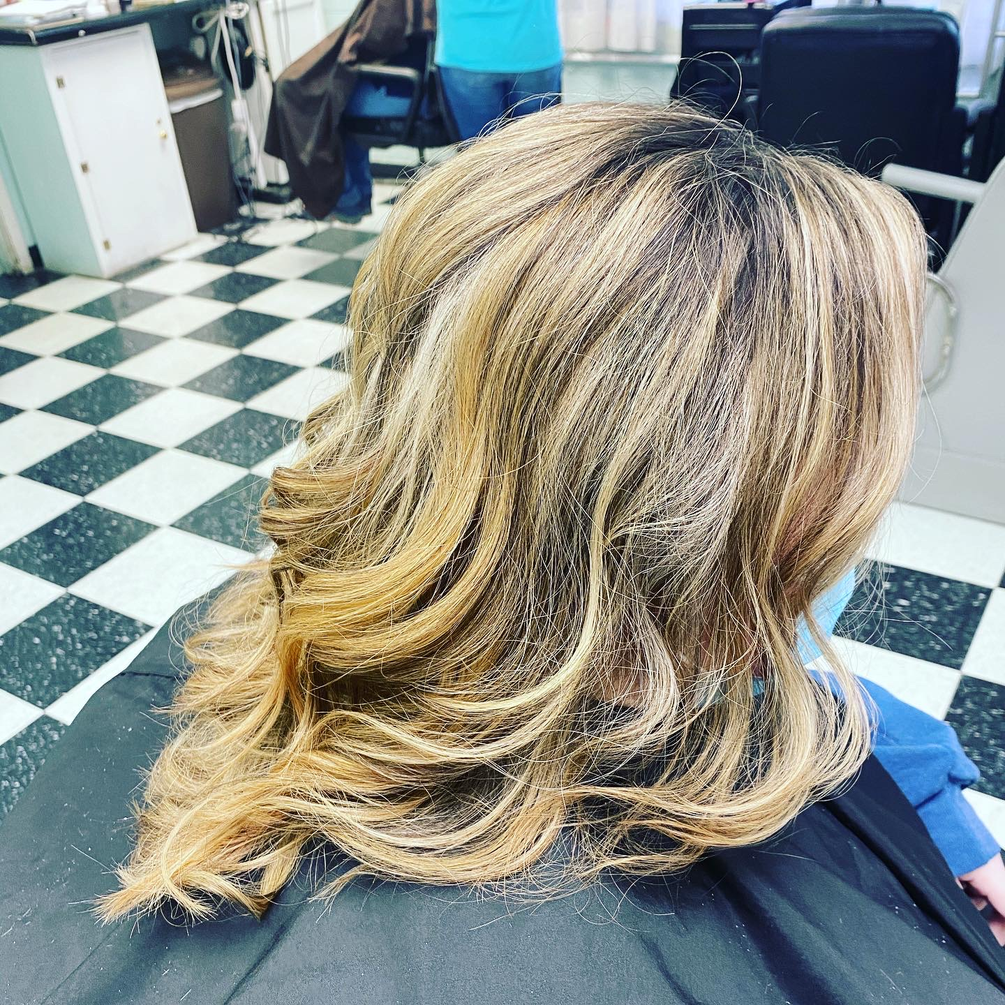 highlights with root shadow