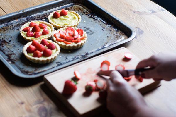 strawberry pistachio tartlets