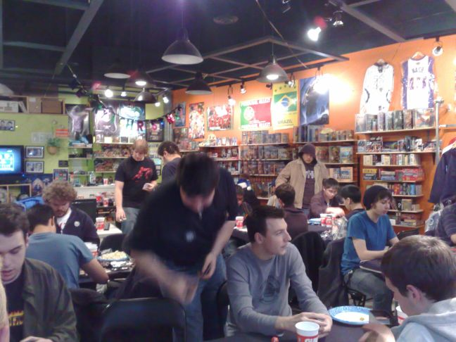 busy-game-store-3