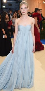 """NEW YORK, NY - MAY 01: Elle Fanning attends the """"Rei Kawakubo/Comme des Garcons: Art Of The In-Between"""" Costume Institute Gala at Metropolitan Museum of Art on May 1, 2017 in New York City. (Photo by Dimitrios Kambouris/Getty Images)"""