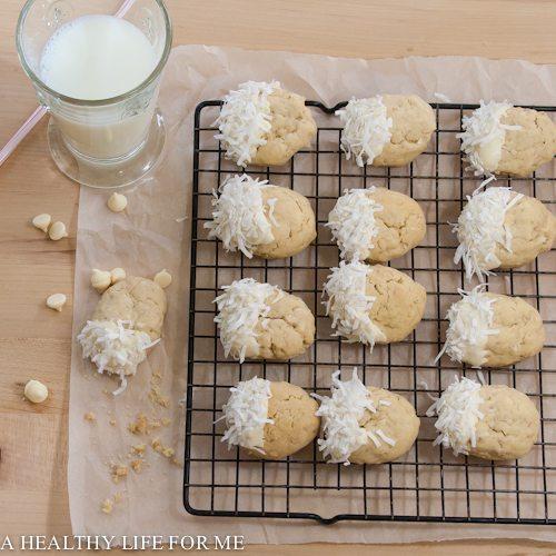 White Chocolate Coconut Cookie Recipe | ahealthylifeforme.com