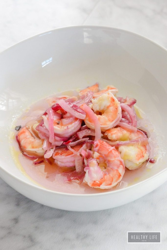Shrimp Salad is gluten free paleo whole 30 recipe that takes 5 minutes to prepare | ahealthylifeforme.com
