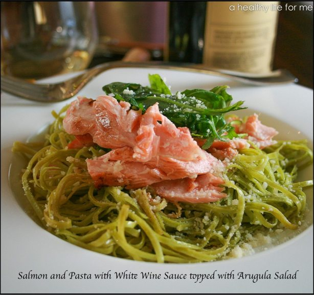 Salmon-and-Pasta-with-a-White-Wine-Sauce-topped-with-Arugula-Salad