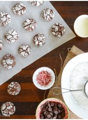 Chocolate Peppermint Crinkle Cookie Recipe   ahealthylifeforme.com