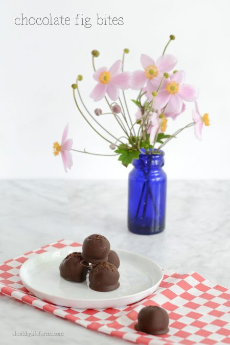 Chocolate Fig Bites Paleo recipe | ahealthylifeforme.com