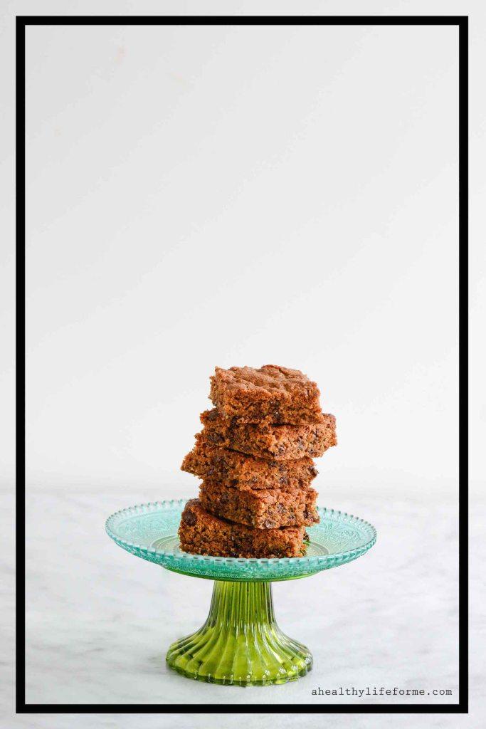 Paleo Coconut Chocolate Blondie Recipe gluten free dairy free delicious | ahealthylifeforme.com