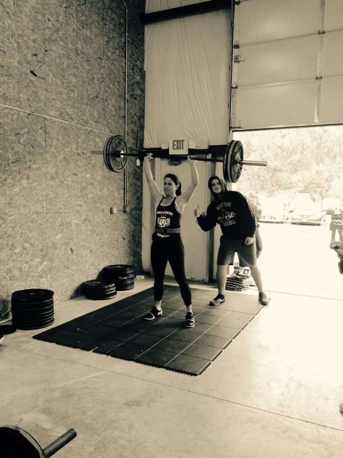 Eating Healthy and Lifting weights   ahealthylifeforme.com
