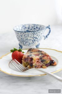 This Mixed Berry White Chocolate Cake is the perfect cake to celebrate summer | ahealthylifeforme.com
