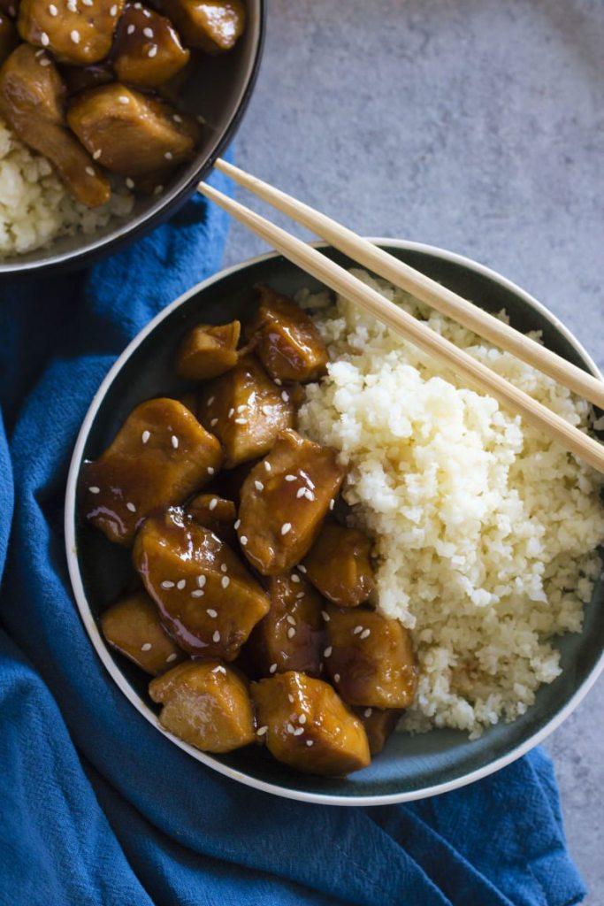 honey-garlic-chicken-with-cauliflower-rice-3-768x1152