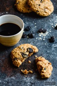 Superfood Peanut Butter Protein Breakfast Cookies Recipe perfect for breakfast or after workout | ahealthylifeforme.com