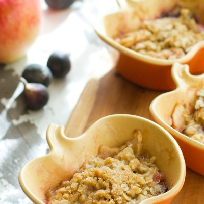 Apple Fig Baked Oatmeal Cups