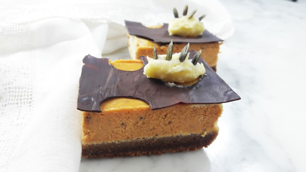 Pumpkin cheesecake bars - make these for Halloween. A Hedgehog in the Kitchen. www.ahedgehoginthekitchen.com.