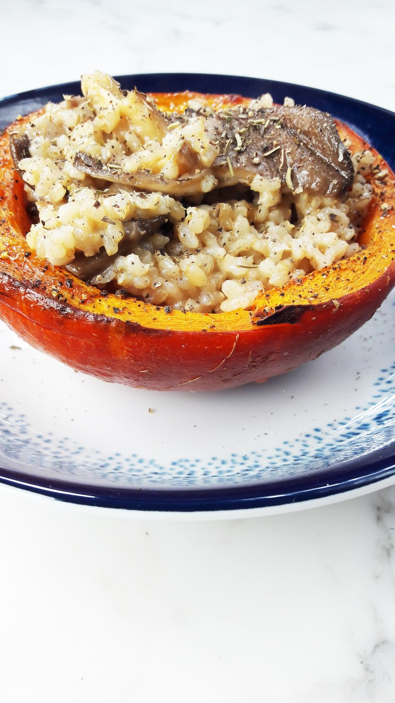 Pumpkin Mushroom Bowls + Brown Rice. A Hedgehog in the Kitchen. www.ahedgehoginthekitchen.com.