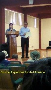 Conferencia en la Escuela Normal Experimental de El Fuerte