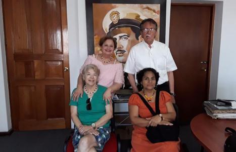 Visitantes al Archivo