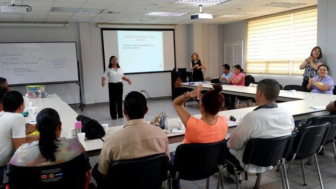 AHIBA Organiza El Taller Motivación Empresarial Dirigido A Migrantes Retornados