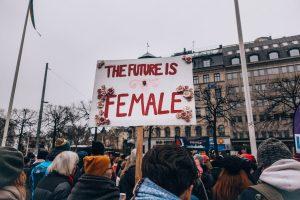 Codo a codo con el feminismo