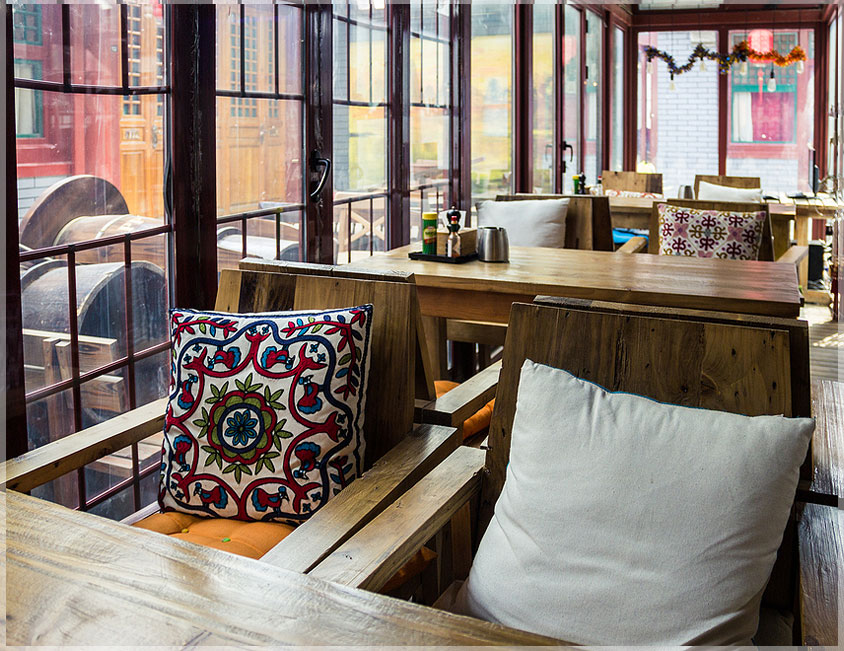 Lihat Cafe Kopi Hitam Alas Magelang Online Desain Interior