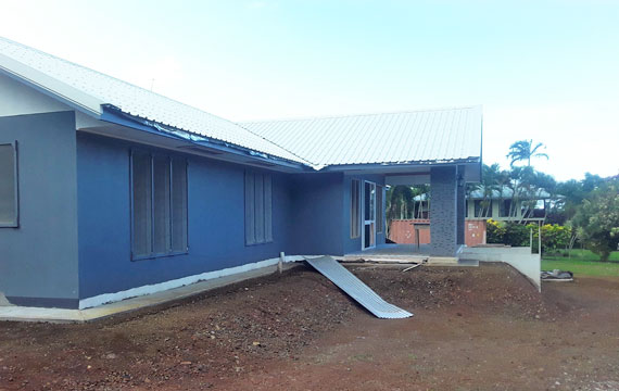 Building a house in Samoa - Siusega