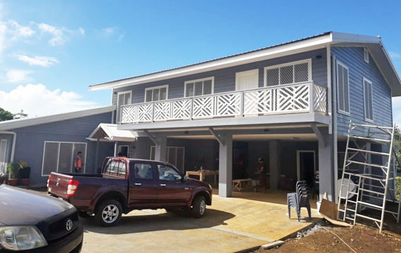 Building a house in Samoa - Vaivase