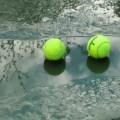 lapangan-tenis-yang-basah-karena-hujan