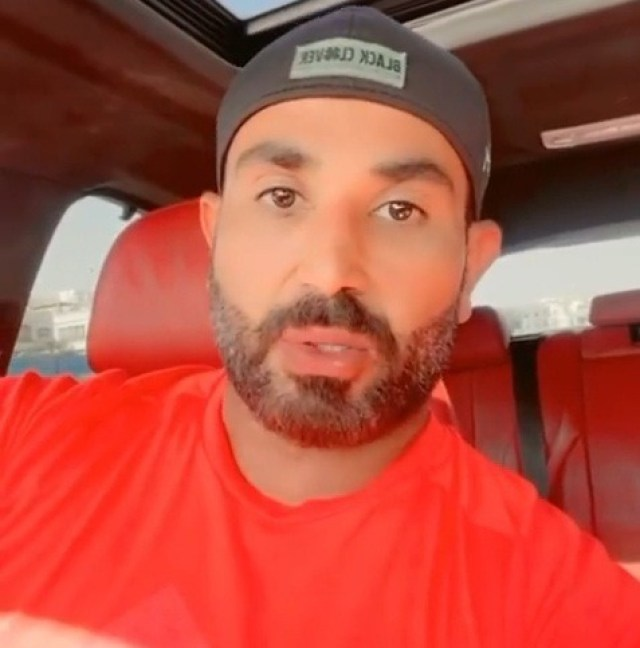 أحمد سعد يعتذر عن طرح أغنية فيلم 200 جنيه بسبب أزمة البوستر